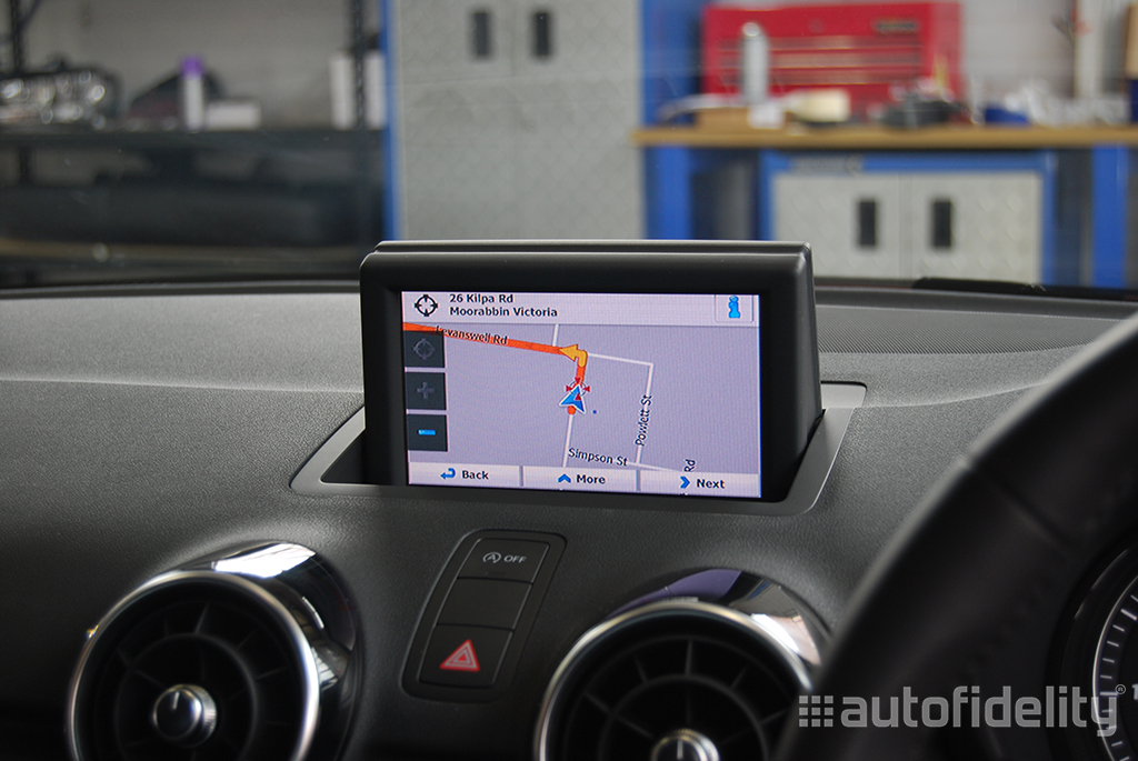 touchscreen integrated satellite navigation system with. Black Bedroom Furniture Sets. Home Design Ideas