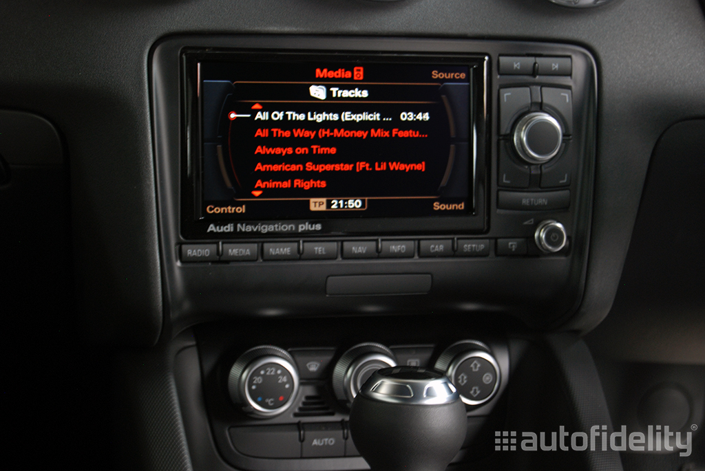 audi music interface with ipod iphone connection for audi rns e for audi tt 8j autofidelity. Black Bedroom Furniture Sets. Home Design Ideas