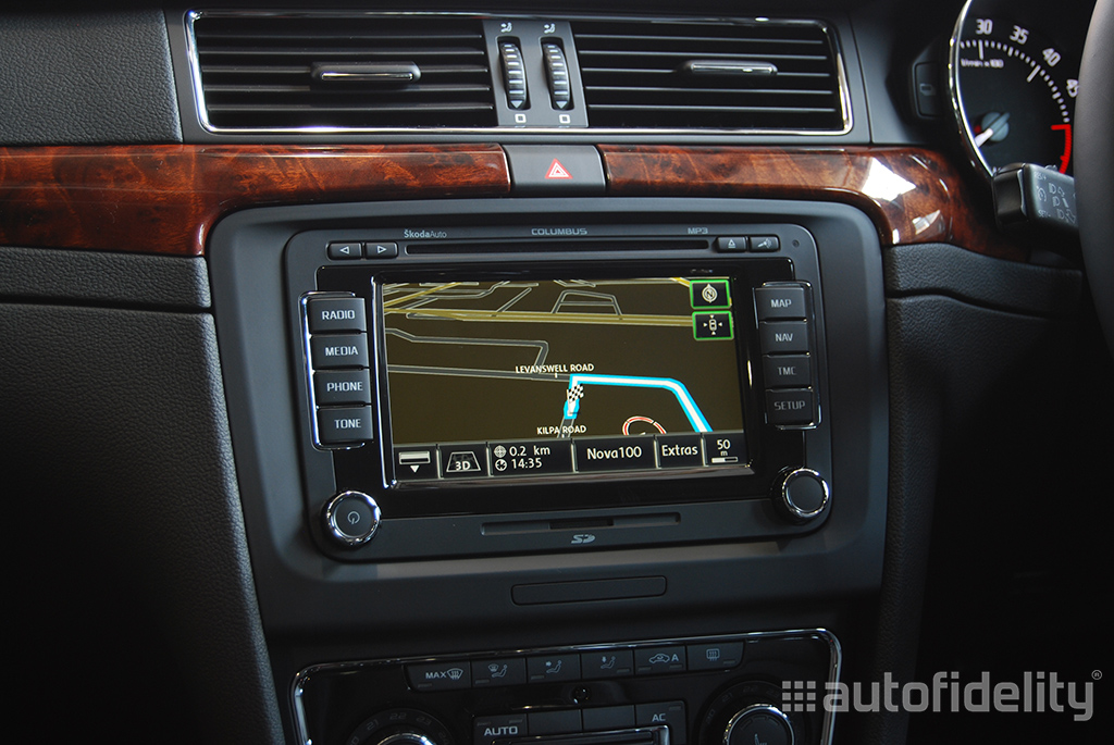 Columbus Touchscreen Integrated Satellite Navigation