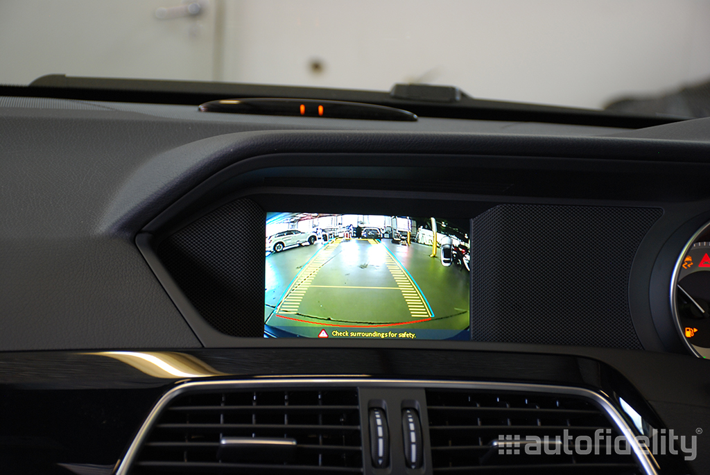 Tremendous Integrated Rear View Camera System For Mercedes Benz C Class W204 Wiring Digital Resources Jebrpkbiperorg