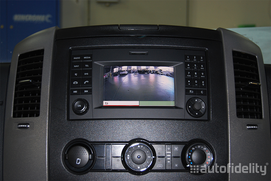 integrated rear view camera system for mercedes benz