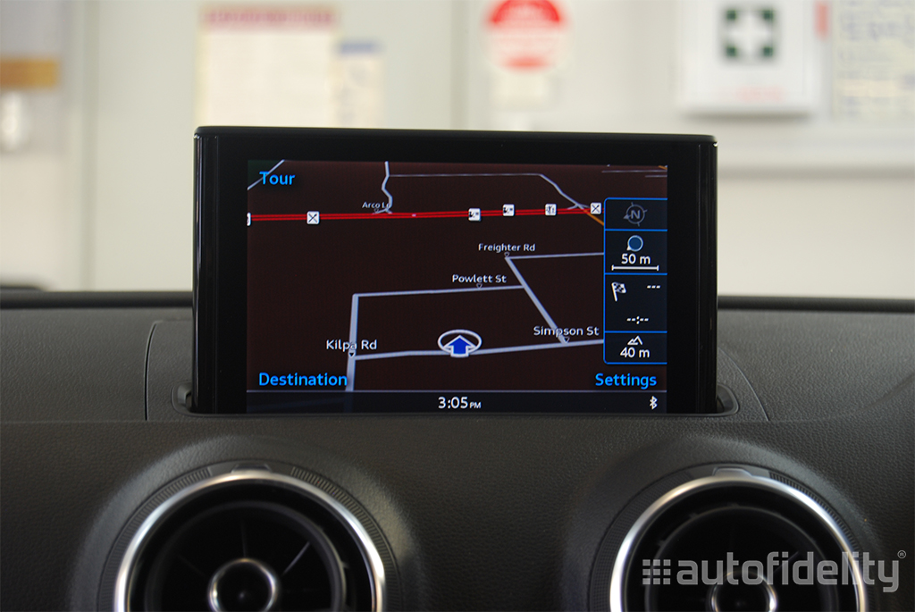MMI 3G Plus with MMI Touch Factory Navigation System for